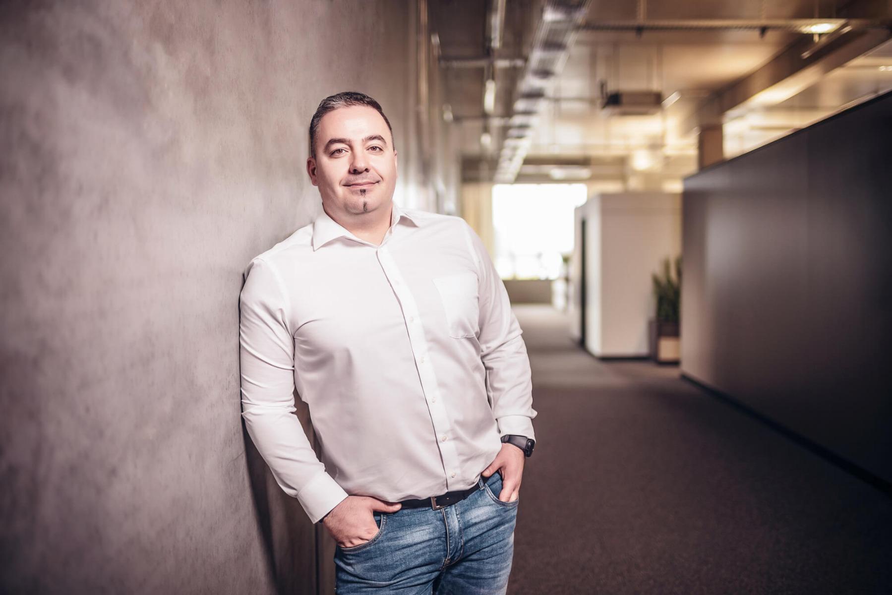 ATH-Team_Produktmanagement_Florin_Dragoescu